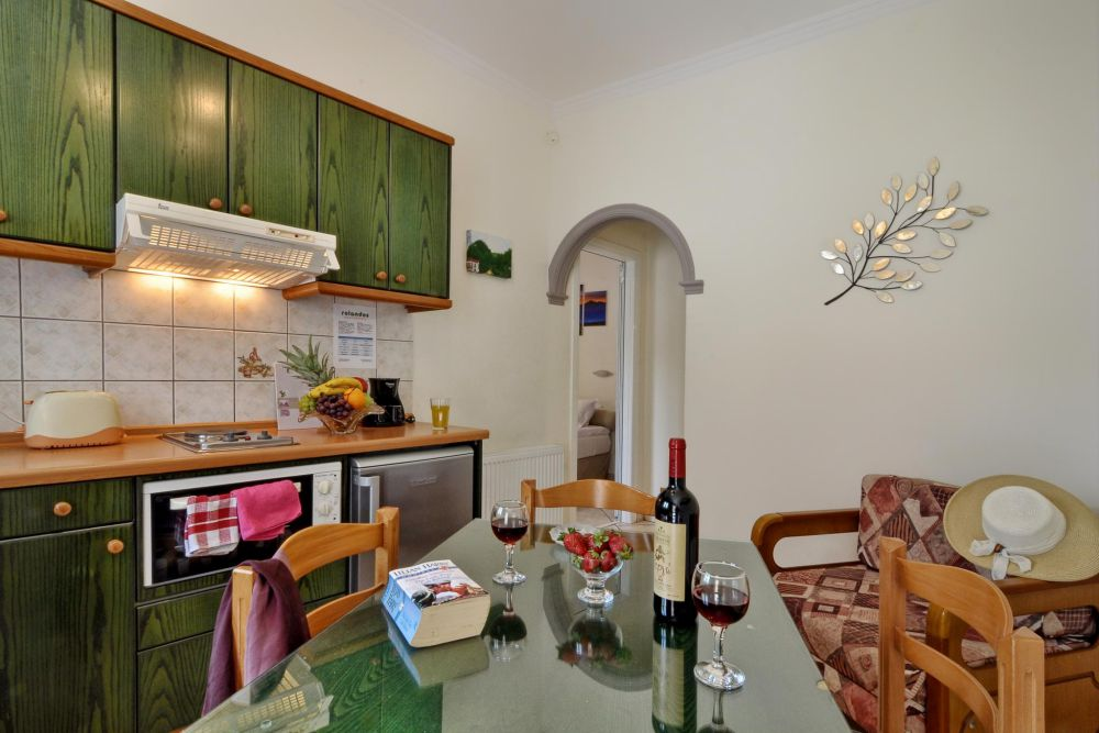 kitchen in rolandos apartments